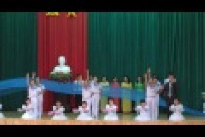 Tiết mục văn nghệ chào mừng 33 năm ngày nhà giáo VN 20-11